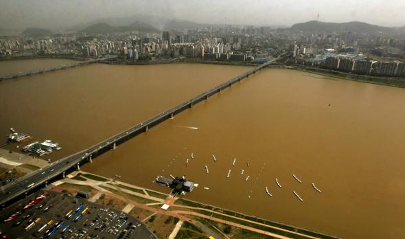 삽질 당한 4대강, 22조원 퍼부어 생태계 파괴 2