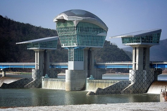서울환경영화제 대상 수상작  댐네이션을 통해 본 4대강의 미래  5