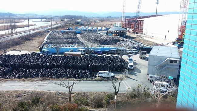 ▲ 후쿠시마 원전사고 피해를 입은 지역에 쌓여 있는 오염토. ⓒ 김혜정