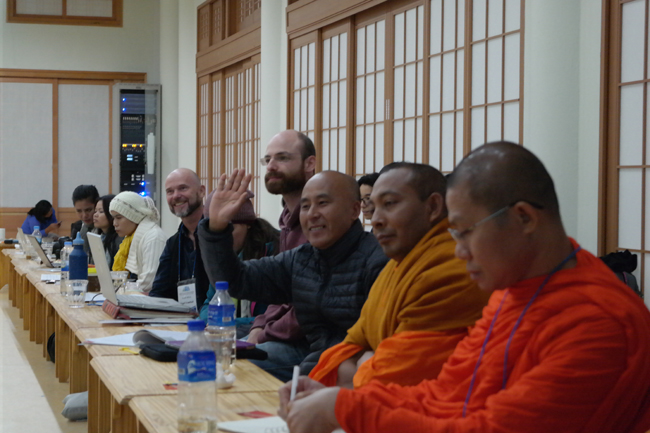 강원도 평창 월정사에 개최된 A-Z 워크셥에 참가중인 국내외 종교 및 환경단체 관계자들 (C) 기후변화대응 아시아시민사회 컨퍼런스 조직위원회