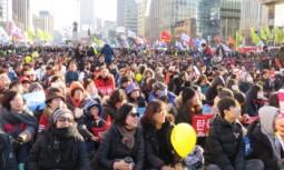 [퇴진행동] 2월 25일 107만의, 스스로 타올라 세상을 바꾸는 촛불은 황홀하다!