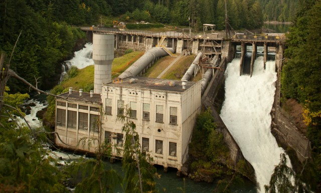 사진6 Elwha-Dam-photo-by-Andy-Maser-Copy(americanrivers)