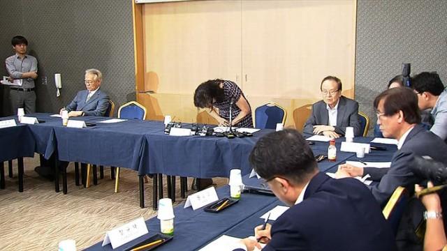 11년만에 황우석사태에 대한 사과를 하는 박기영(사진/한국일보)